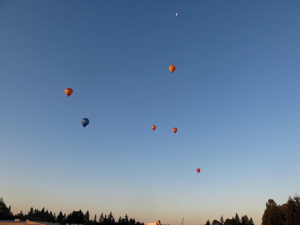 Dawn balloons