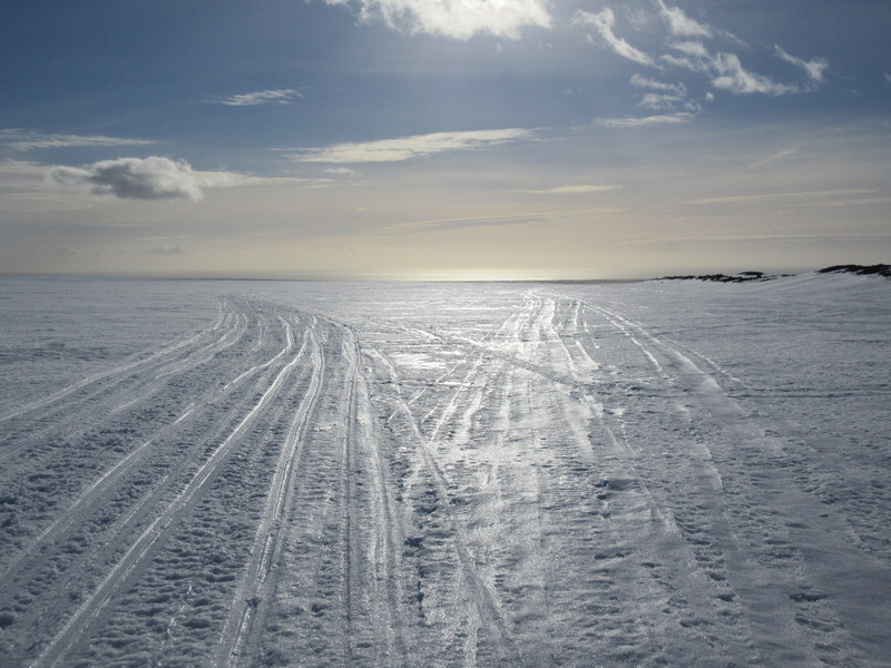 Snowmobile tracks on the back of Vatnajokull